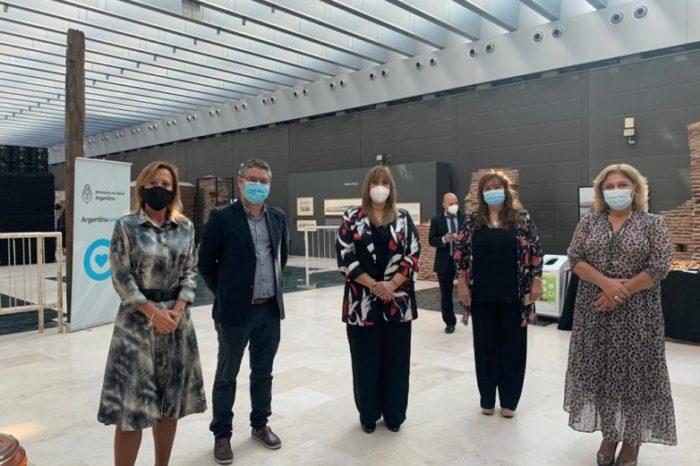 La ministra Venerando participa de un encuentro nacional de autoridades de Salud
