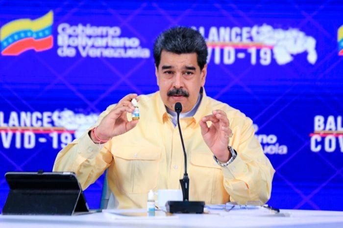 """Facebook bloquea por un mes la cuenta de Nicolas Maduro por """"desinformar"""" sobre el COVID-19"""