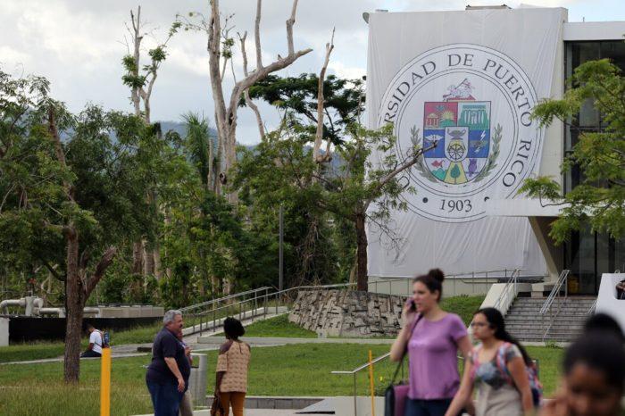 La UPR recopila datos sobre estudiantes interesados en la vacuna contra el COVID-19