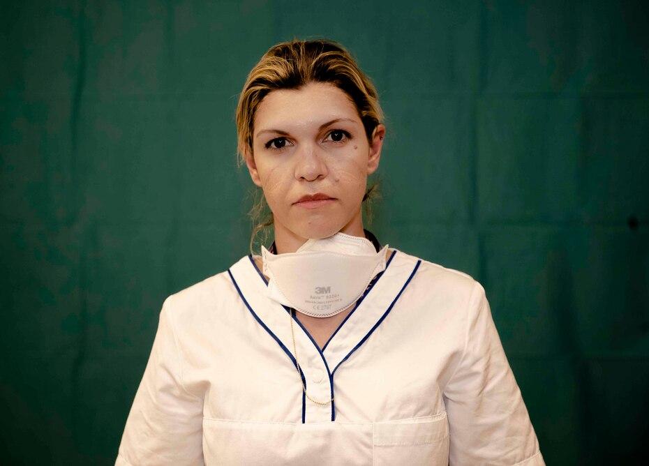 Daniela Turno, de 34 años, enfermera de la unidad intensiva del hospital Humanitas Gavazzeni en Bergamo.