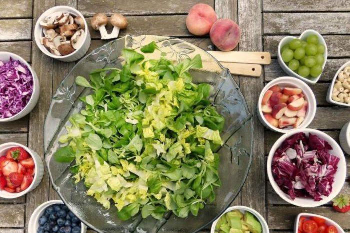 Cuantas frutas y verduras al dia debemos comer para vivir mas, segun un estudio de Harvard