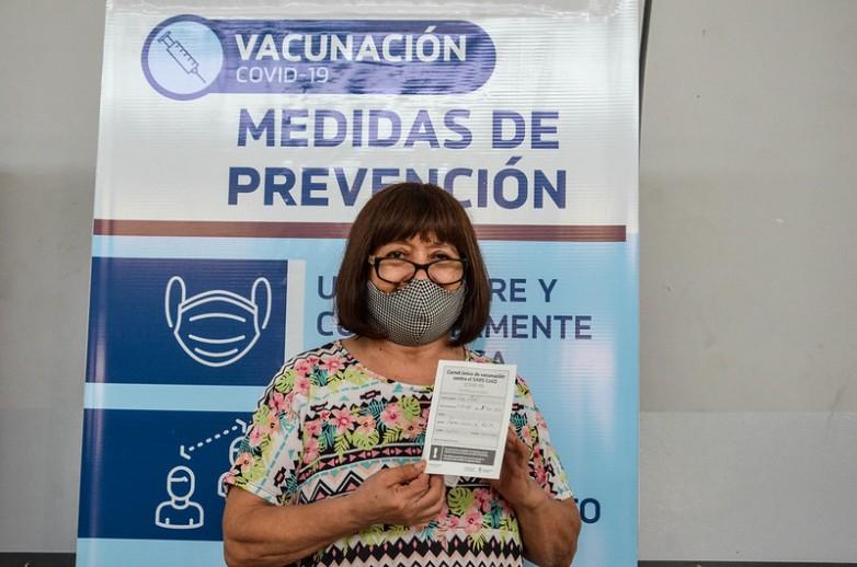 Mas de 1300 adultos mayores de 70 años ya fueron vacunados contra el COVID-19