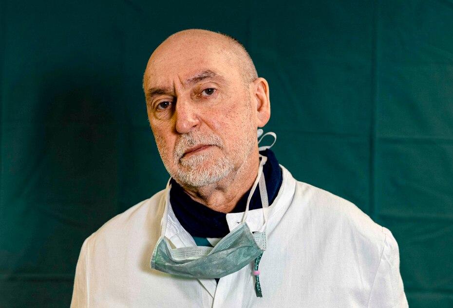Gabriele Tomasoni, de 65 años, director de la unidad de Cuidado Intensivo en el hospital Brescia Spedali Civic.