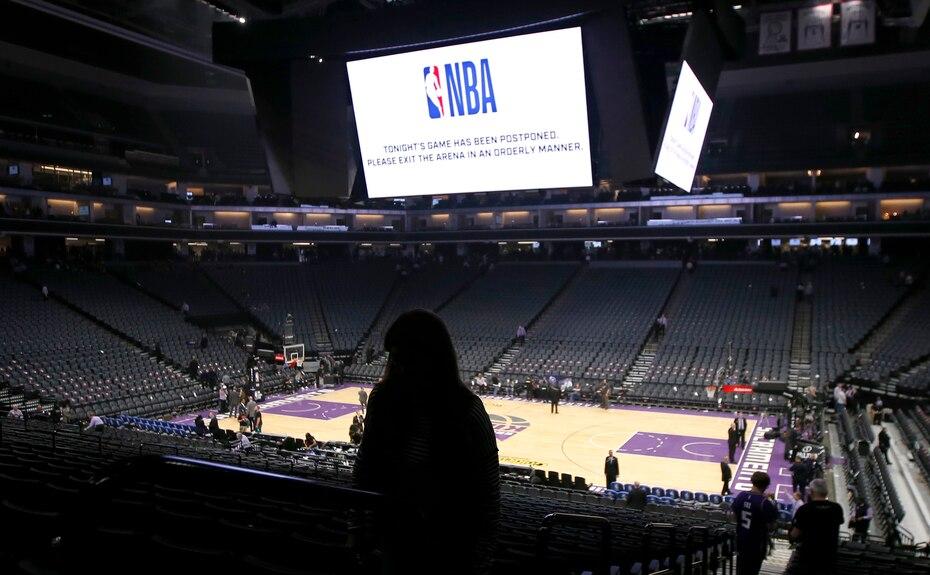 El 11 de marzo de 2020 la NBA suspendio el partido entre los Pelicans de Nueva Orleans y los Kings de Sacramento de ultimo momento ante el brote de coronavirus, en Sacramento, California.