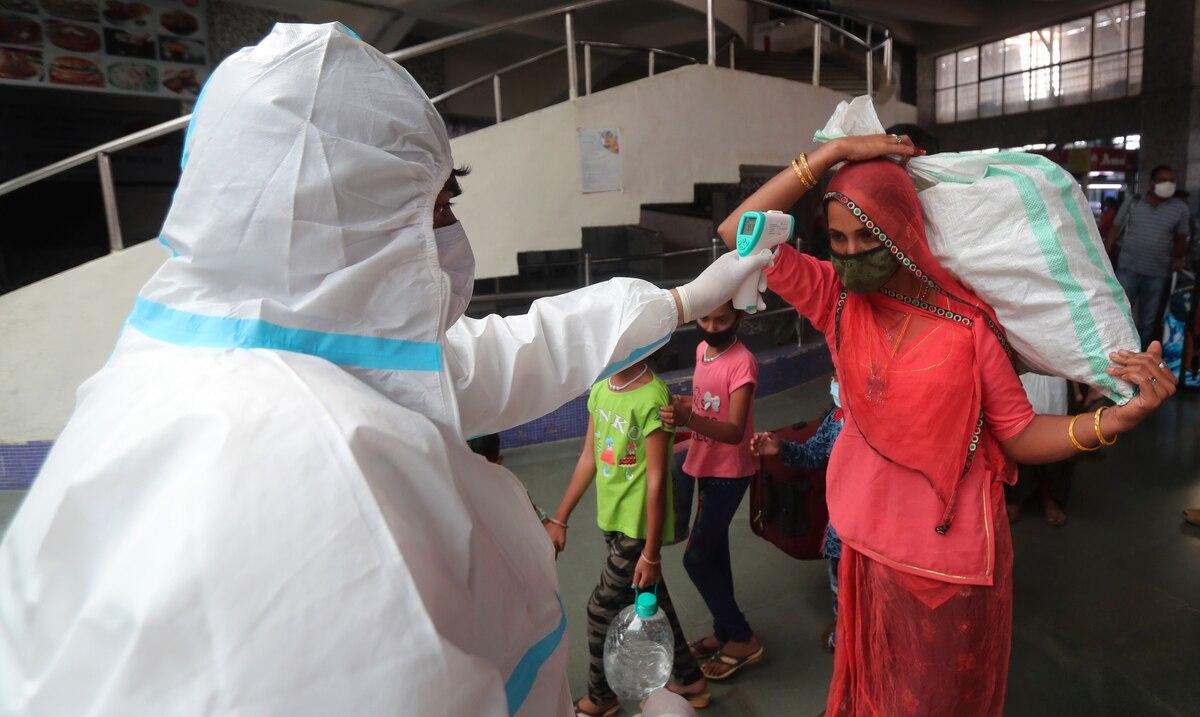 India identifica una nueva variante del coronavirus en medio de la segunda ola de contagios