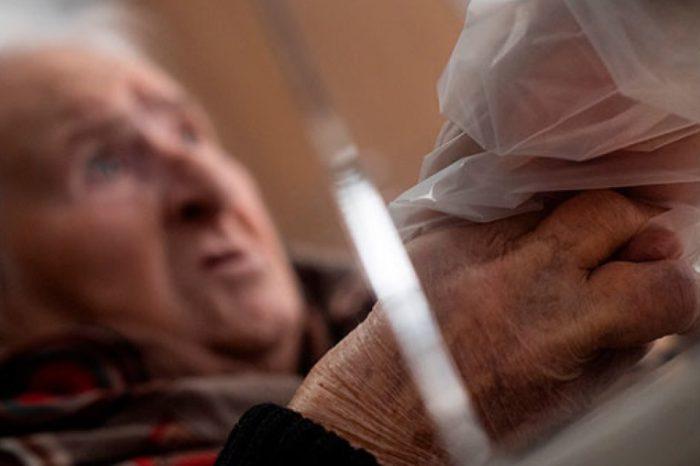 Consejos para cuidar a los mayores de 60 años ante el tercer pico de la pandemia