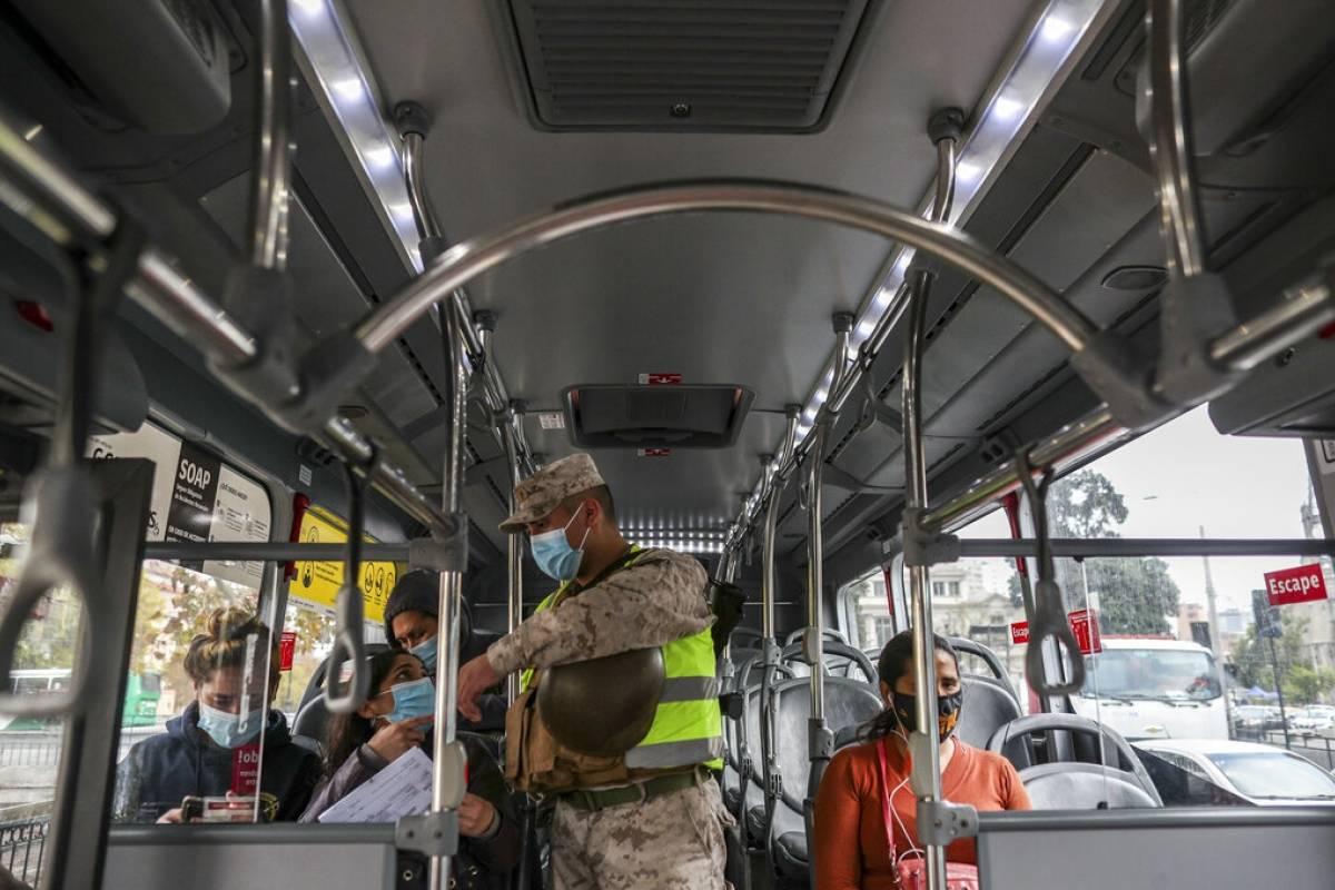 Chile registra mayor cifra de contagios durante la pandemia