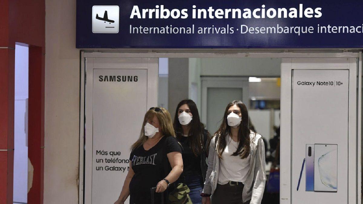 El Gobierno reduce las frecuencias de vuelos a EE.UU., Brasil, Colombia, Panama y Chile