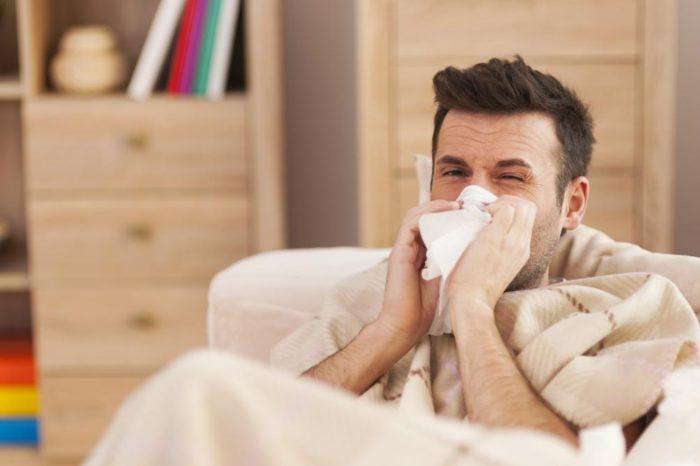 Un estudio revela que el resfriado comun puede desalojar al coronavirus del organismo