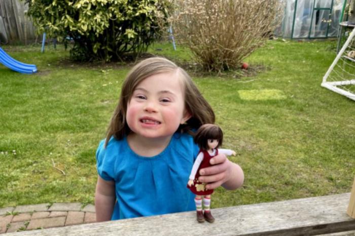 Rosie Boo, la muñeca con sindrome de Down inspirada en una niña real