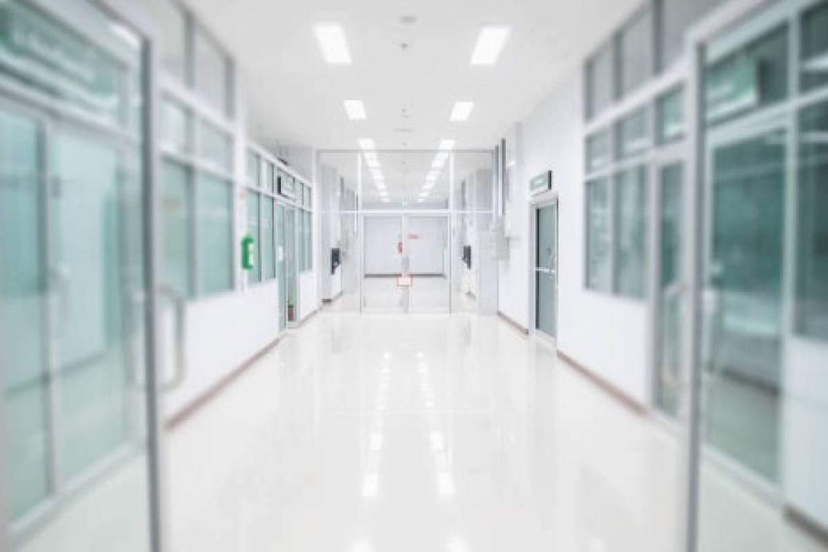 Aumentan hospitalizaciones de pacientes adultos y pediatricos por COVID-19 en P. R.