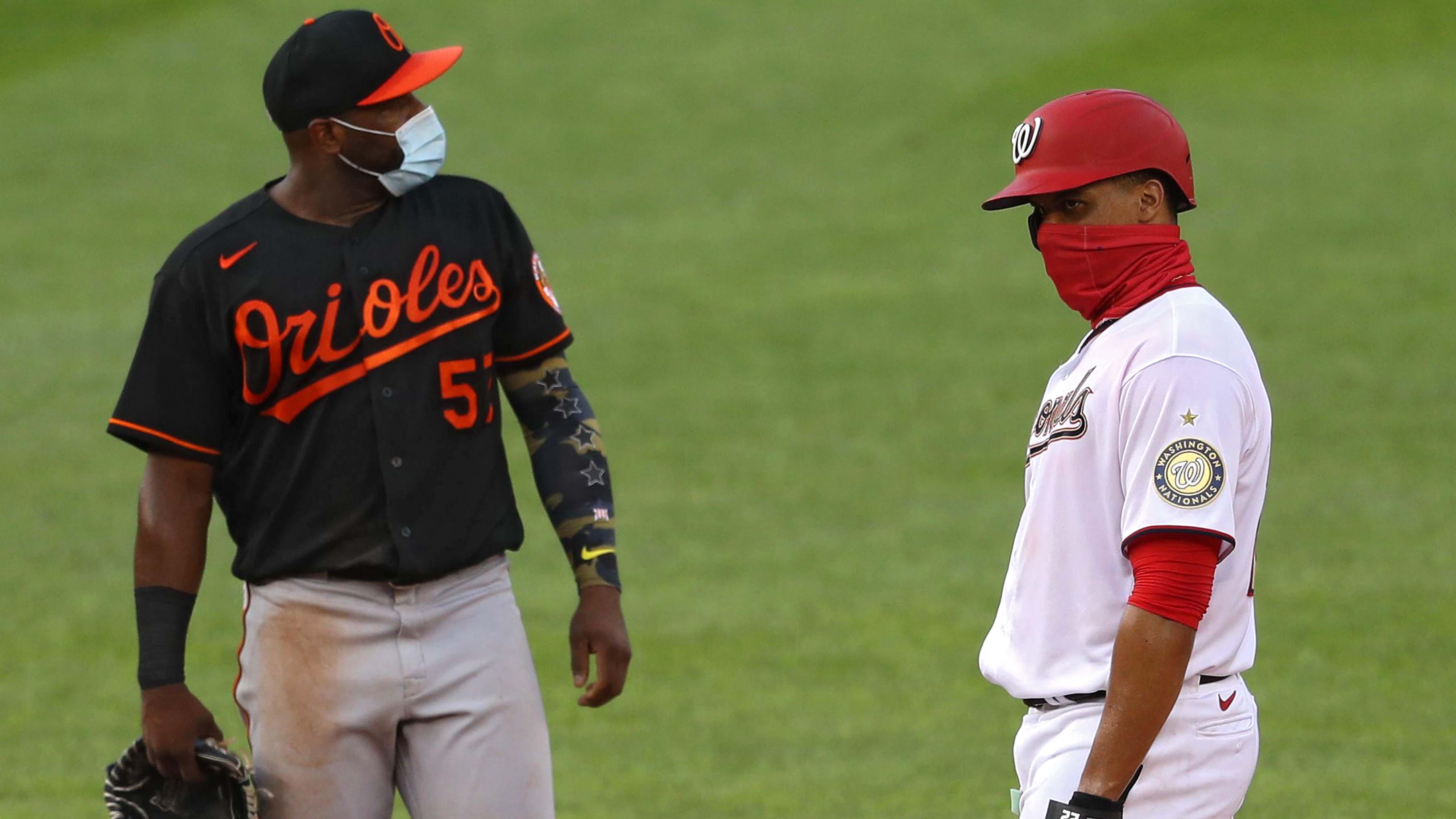 MLB levantara restricciones para jugadores y personal cuando el 85% se vacune