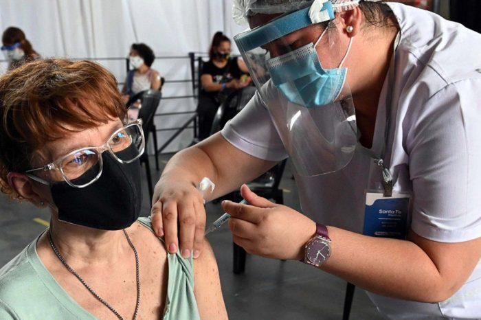 El Gobierno diferira hasta la semana 12 la aplicacion de la segunda dosis de todas las vacunas