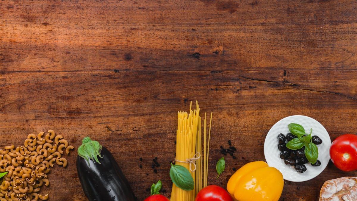 Como combinar una dieta mediterranea hipocalorica y ejercicio diario para preservar la salud renal
