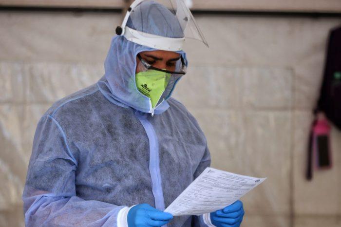 Gobierno reasigno vacunas de AstraZeneca tras incumplimiento de Sinovac