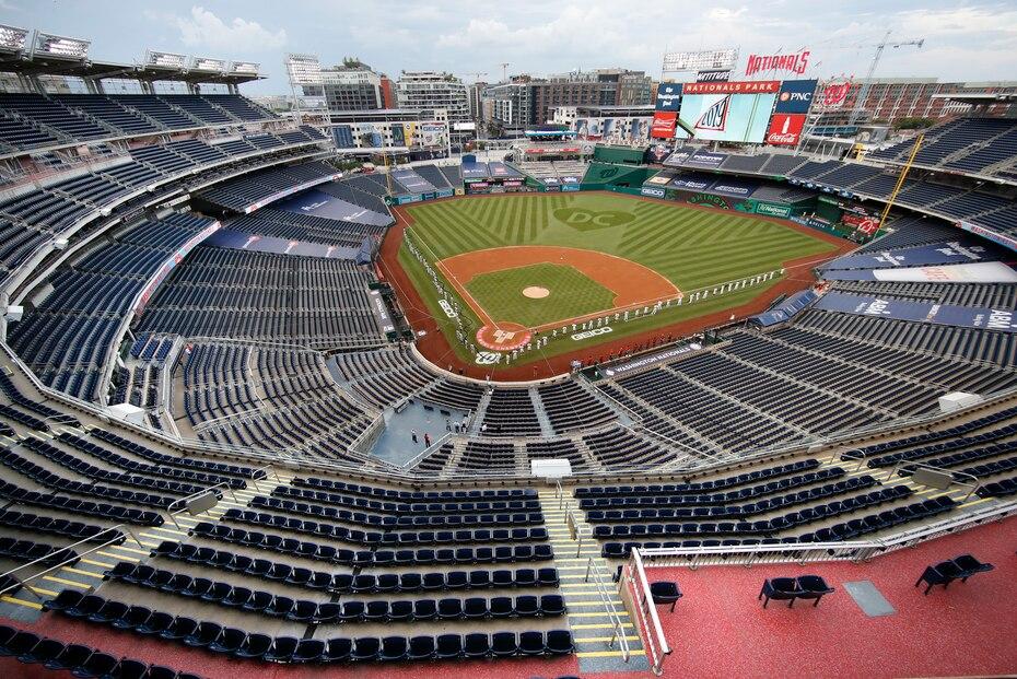 Los eventos deportivos celebrados en medio de la pandemia de coronavirus se han convertido en un espectaculo completamente diferente cuando se trata de espectadores. En la imagen el primer juego de la MLB de los Yankees de NY ante los Nacionales de Washington.