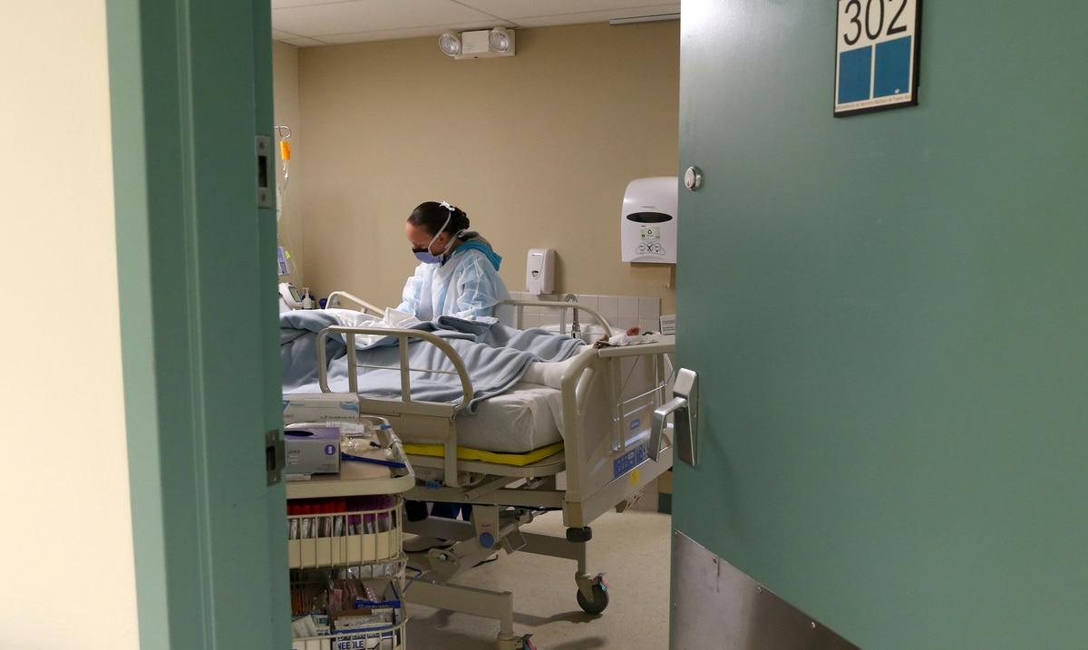 """Lanzan advertencia ante perdida de acreditacion en Programa de Neurocirugia: """"Va a morir mucha gente"""""""