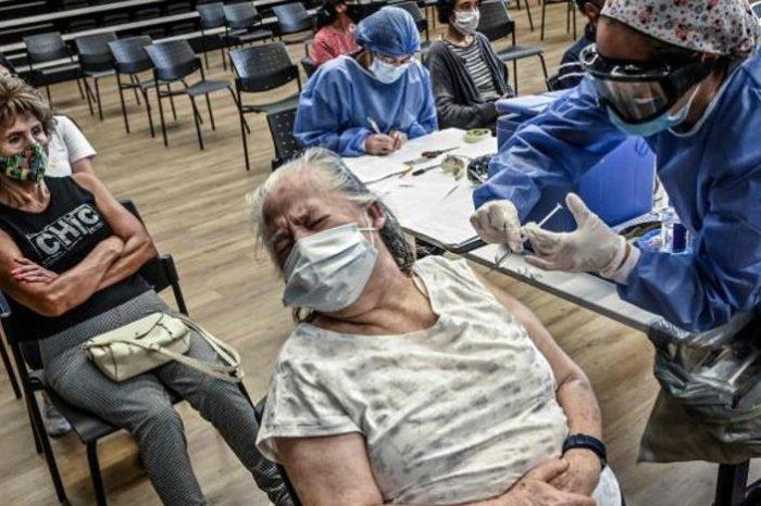 Sanidad pide tranquilidad con la segunda dosis de AstraZeneca: Hay tiempo