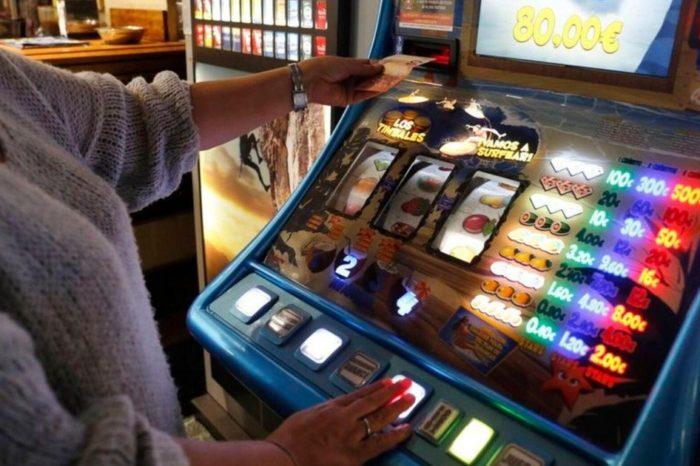 Desde la medianoche quedan suspendidos viajes grupales, casinos, bingos, discos y salones