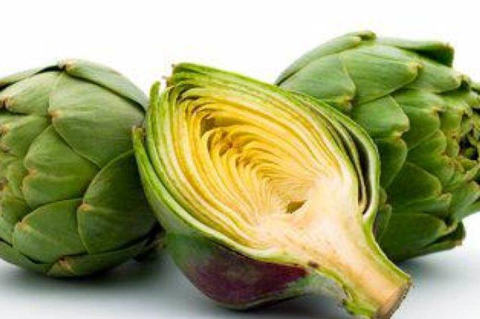 Nunca hubieras imaginado que esto te puede suceder al comer una alcachofa