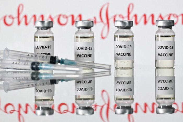 Se dañaron 15 millones de dosis de vacunas contra el COVID en una fabrica