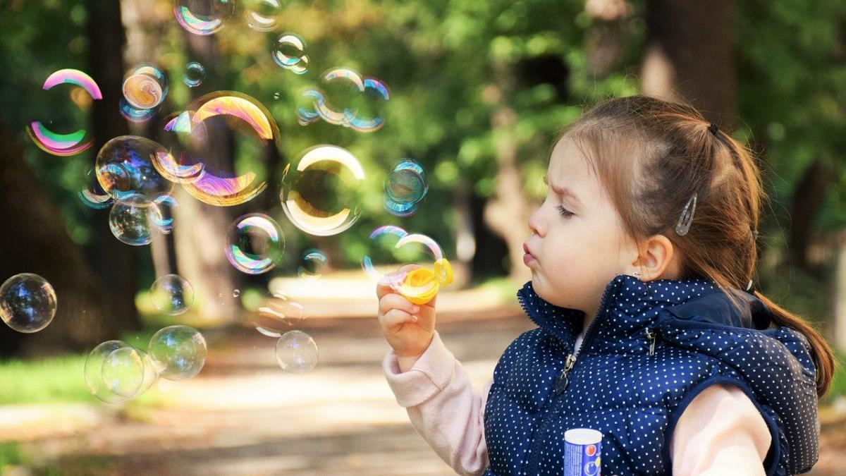 Caracteristicas del autismo en niñas y mujeres