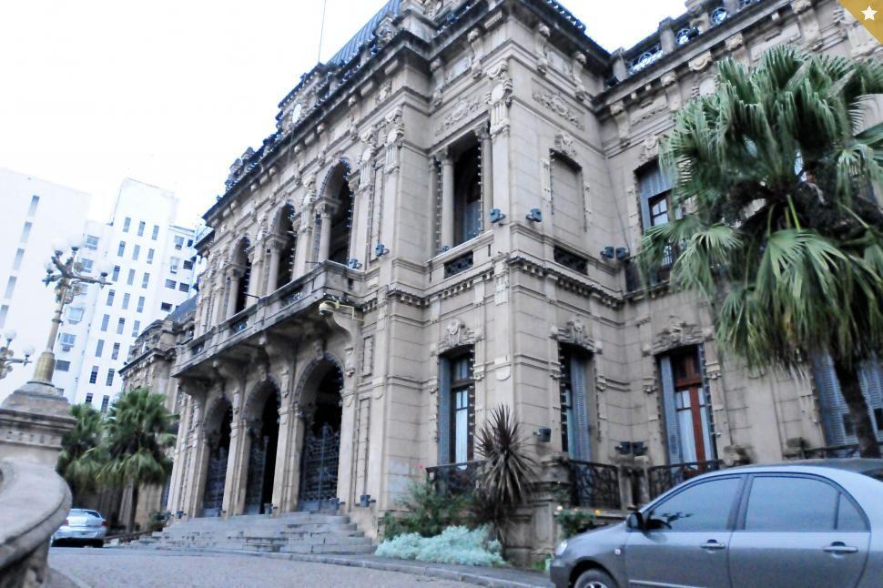 La Provincia regresa al modo remoto y analiza otras medidas
