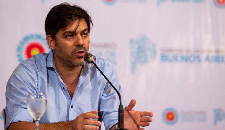 Provincia: Carlos Bianco anuncio que 15 municipios retrocederan de fase por el aumento de casos de Covid-19