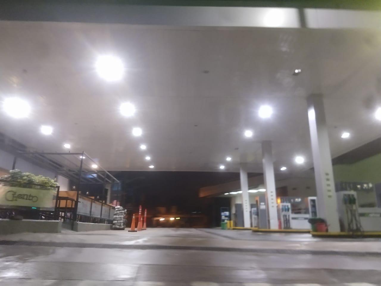 Los tucumanos acataron las restricciones y las calles estuvieron desiertas desde la medianoche