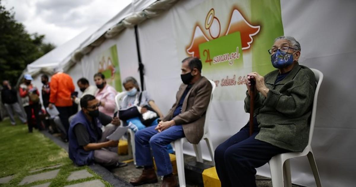 Preocupantes cifras de COVID en Colombia: 513 fallecidos y 25.092 casos nuevos