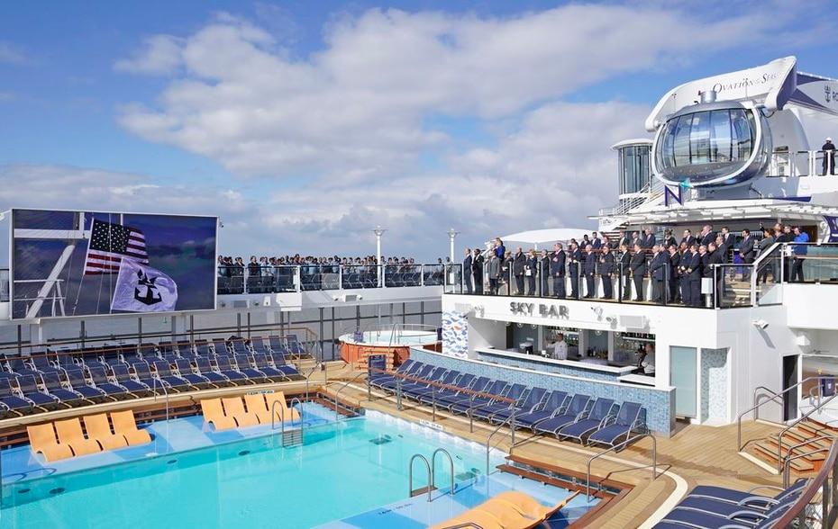 Ovation of the Seas | De Royal Caribbean. Fue lanzado en el 2016. Tiene una capacidad de 4,905 pasajeros y una longitud de 1,141 pies. (GFR Media)