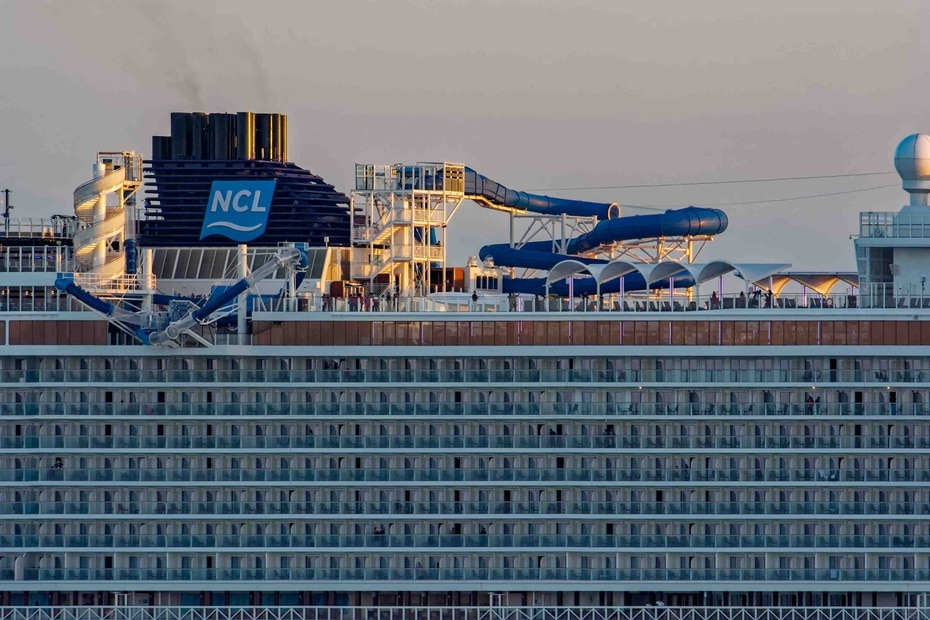 Norwegian Joy | De Norwegian Cruise Line. Tiene capacidad para 3,883 pasajeros y 1,094 pies de largo. Fue diseñado especialmente para viajeros chinos y ha estado en servicio desde el 2017. (Shutterstock)