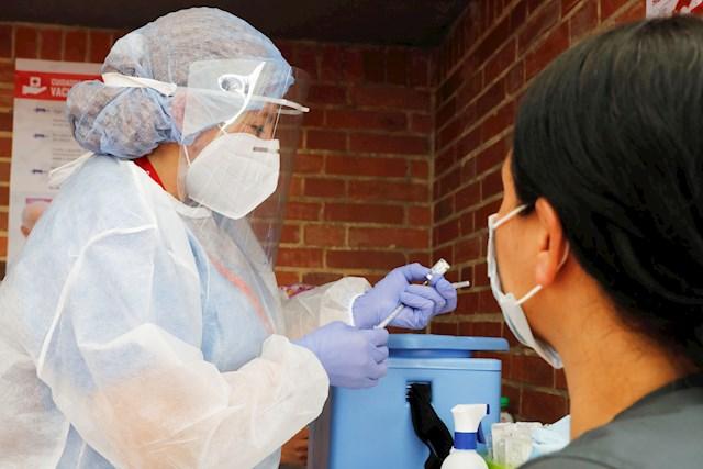 Colombia registra otras 492 muertes por coronavirus y 16.910 contagios este sabado