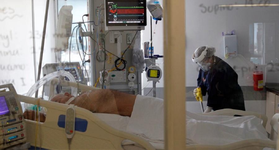 Colombia alcanzo el mayor numero de pacientes en UCI de toda la pandemia