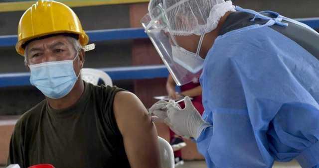 Dia record en vacunacion en Colombia contra la covid-19