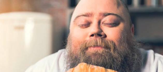 El peligro de llevar una dieta rica en grasas y azucares de ultraprocesados