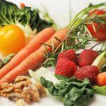 ¿Como se contaminan los alimentos con PFAS? Estos son los efectos mas perjudiciales en la salud