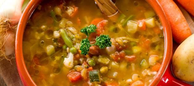 Como hacer una sopa de verduras sabrosa y saludable al estilo italiano