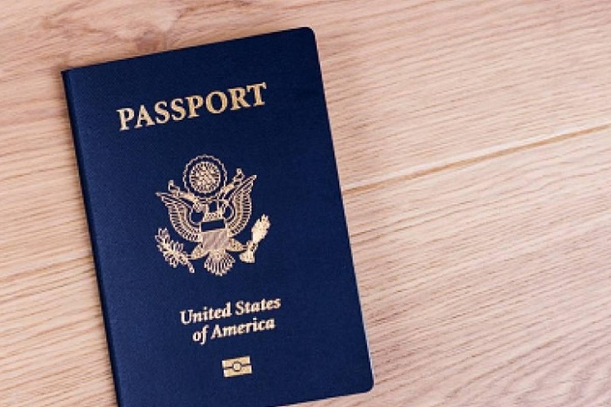 Estados Unidos descarta un pasaporte para vacunados contra COVID