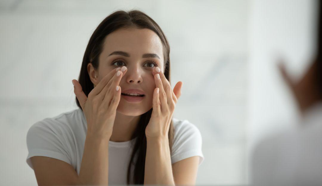 Las razones por las que el parpado del ojo tiembla involuntariamente