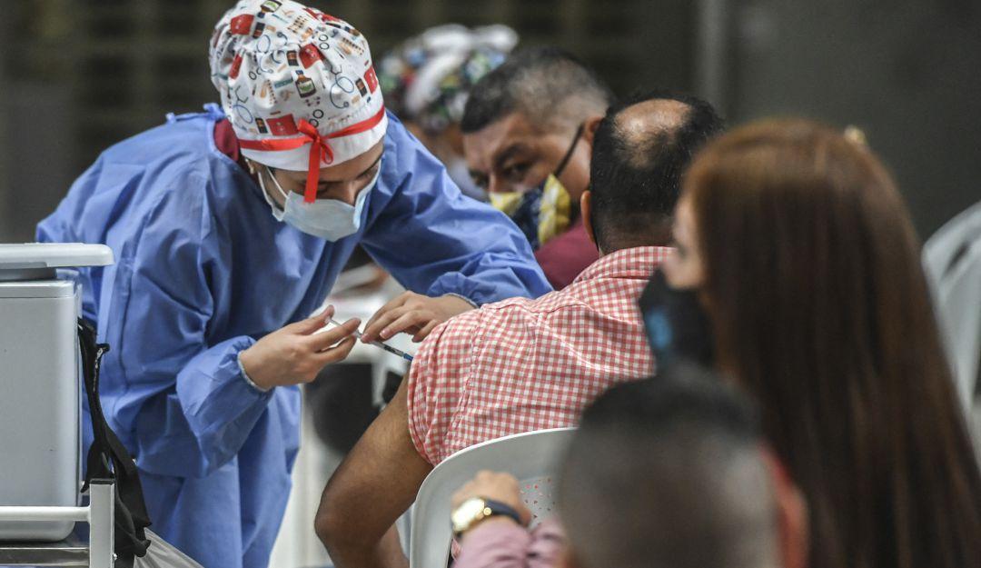 COVID en Colombia: Se han aplicado mas de 12 millones de dosis de vacunas