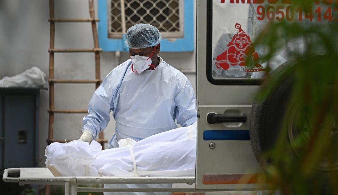 Con los mas altos promedios, Colombia llega a los 100.000 muertos por COVID