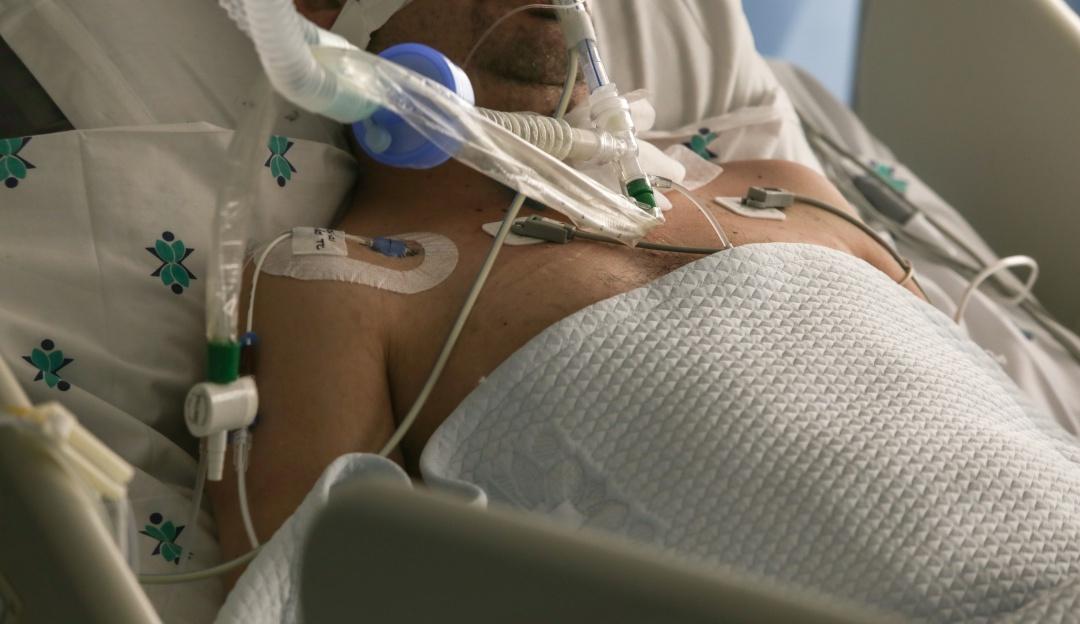 Este domingo se reportan 32.376 casos nuevos y mas de 600 muertos por COVID