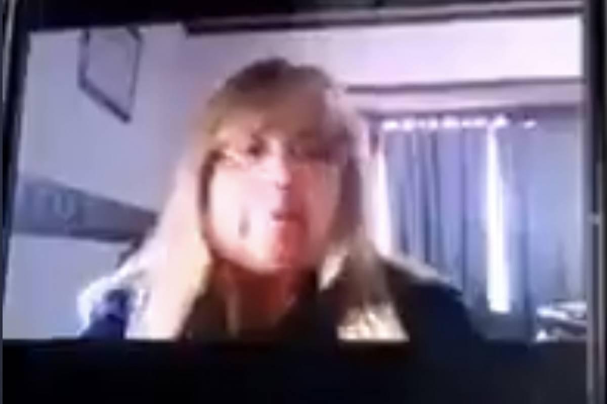 (VIDEO) Despiden a maestra que nego la existencia del COVID-19 en Argentina