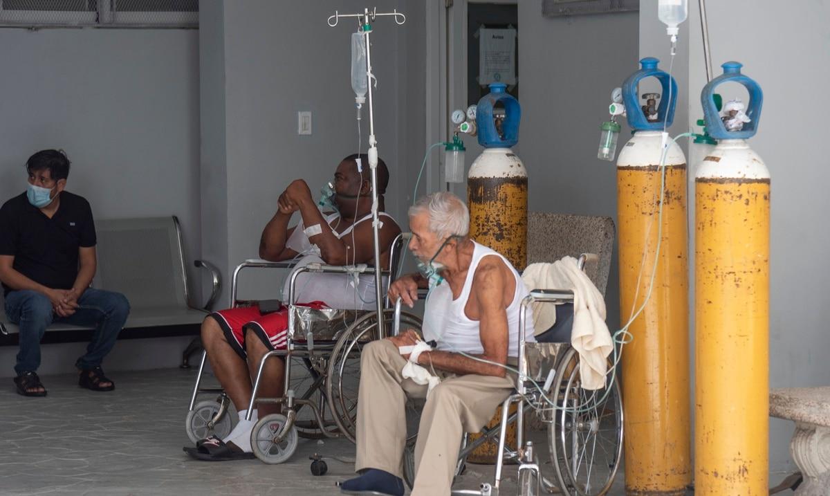Republica Dominicana cierra el pais por alarmante repunte de contagios de COVID-19
