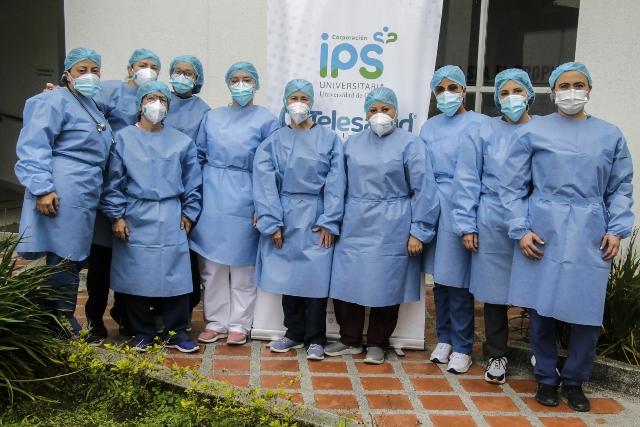 La enfermera Mariluz, orgullosa de vacunar