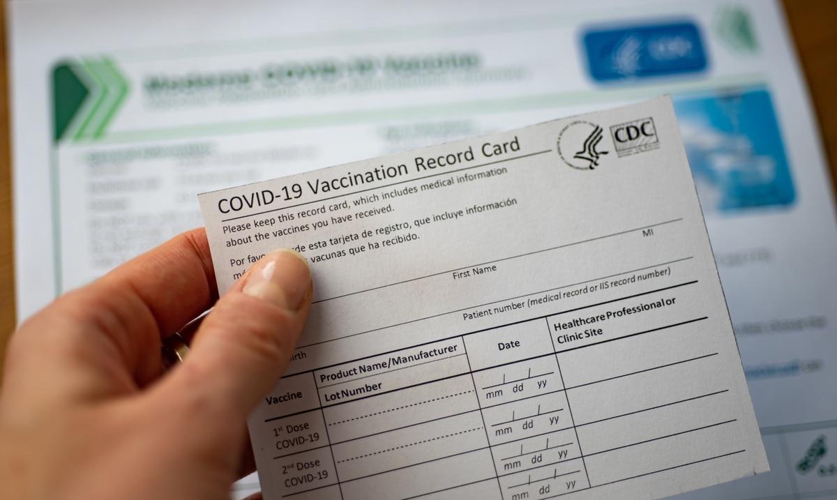 Jorge Navarro retira medida que creaba una credencial digital para ciudadanos vacunados contra el COVID-19