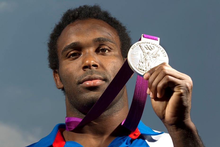 El luchador Jamie Espinal le dio a Puerto Rico su segunda medalla de plata en la edicion de Londres 2012, primera para dicho deporte. De hecho, fue la primera vez desde Los Ángeles 1984 que Puerto Rico gana multiples metales.