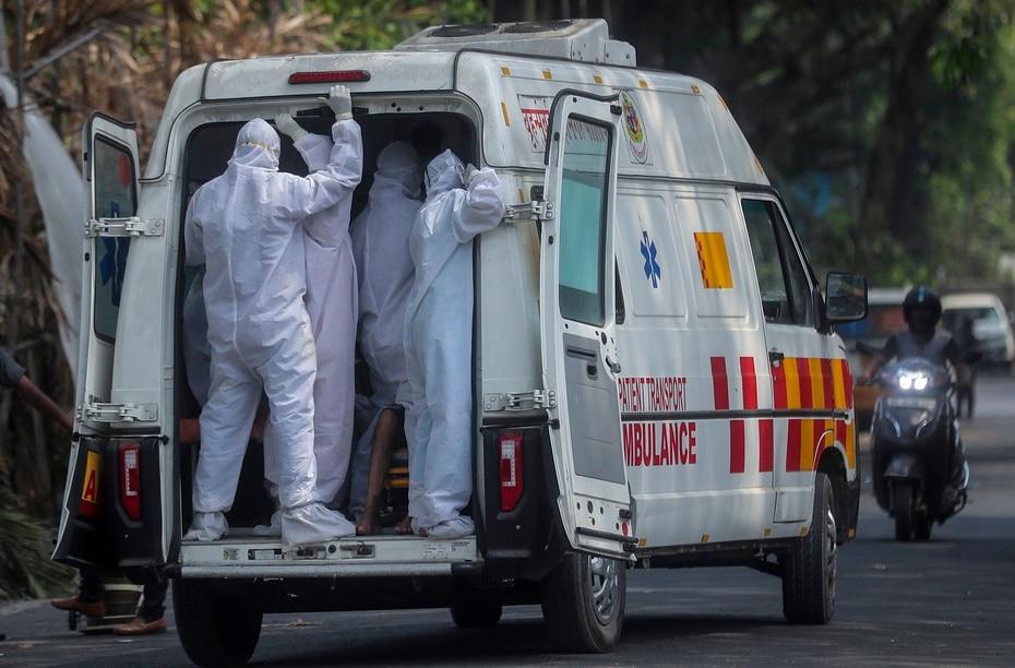 Varios paises comenzaron enviar ayuda medica a India, ya que carecen de suficiente oxigeno.