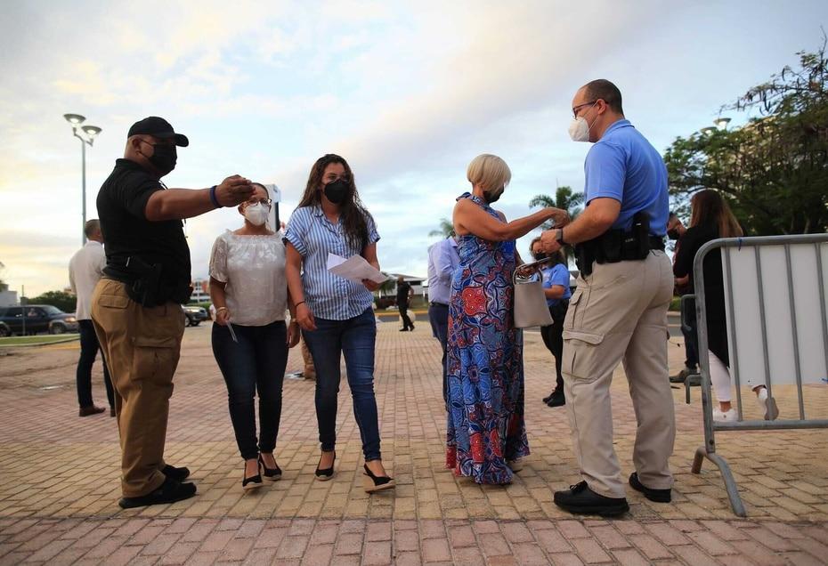 La administracion del Coliseo de Puerto Rico establecio protocolos estrictos para evitar la posibilidad de contagios antes y durante el espectaculo.